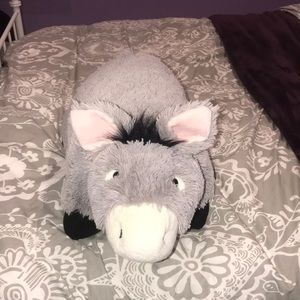 Accessories - Donkey pillow pet